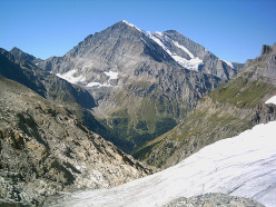 Balmhorn seen from the Mutthornhütte