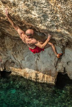Deep Water Solo: Iker Pou at Vathi, Kalymnos