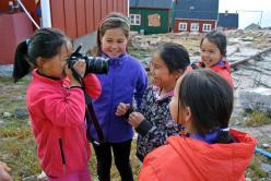 Inuit children at Ittoqqotoormiit.