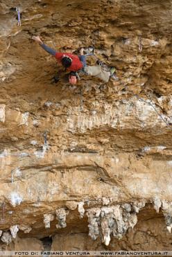 Gianluca Daniele su Grandi gesti, Grotta dell'Areonauta, Sperlonga