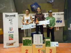 Il podio femminile del Campionato Italiano Boulder 2014: Giorgia Tesio, Asja Gollo e Jenny Lavarda