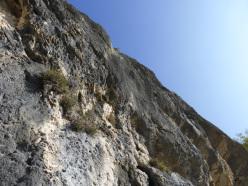Gli strapiombi del secondo tiro di via Superavanzi, Pilastro dei Barbari, Valsugana