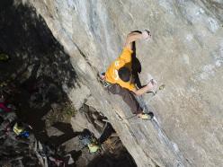 Delicate climbing by Matteo Deghi on Punto e a capo 7c
