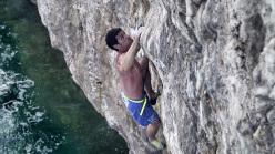 Mauro Calibani climbing Di buono c'è... 8a, Dancing Dalle, Capo Noli, Finale Ligure