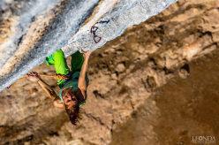 Mina Markovic onsighting Los Humildes pa Casa 8b+ at Oliana, Spain