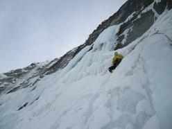 Cascate di ghiaccio: prima ripetizione di 'Per Leila'
