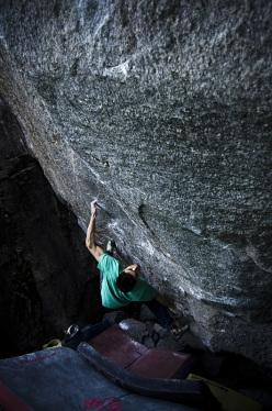 Niccolò Ceria su Ninja Skills 8B+, Sobrio, Svizzera