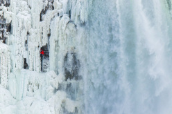 Will Gadd climbing the Niagara Falls on 27 January 2015