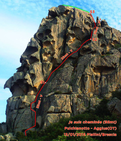 Je suis cheminée (95m, VI+) at Monte Pulchiana by Andrea Piallini and Raffaele Brescia