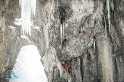 Ines Papert repeating Ritter der Kokosnuss (M12, WI5, 165m, Robert Jasper 2013) on Breitwangflue, Kandersteg, Switzerland