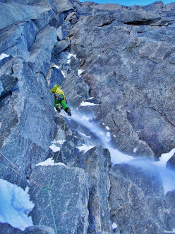 Night Fever, West Face Tour Ronde: Nick Bullock on pitch 3, M7
