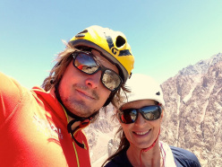 Climbing at Los Arenales in Argentina: happy team on Top of Charles Webis