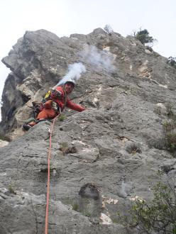 Pulizia con aria compressa su 'Parthenia', Sardegna