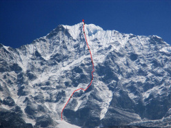 Thamserku (6618m), Nepal and the line of the route climbed by the Russians Alexander Gukov and Alexei Lonchinskiy