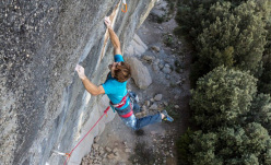 Chris Sharma climbing El Bon Combat 9b/+ at Cova de Ocell in Spain