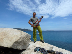 Maurizio Oviglia reequipping the climbs at Cala Usai - Villasimius in Sardinia.