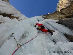 Andrea Gamberini su L2 di La Piera, Vallunga, Dolomiti