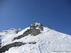 Eraldo Meraldi e Stefano Bedognè durante la prima salita di 'Di mamma ce n'è una sola' (280m, III, M6, neve max 60°) Monte Foscagno (Alpi Retiche)
