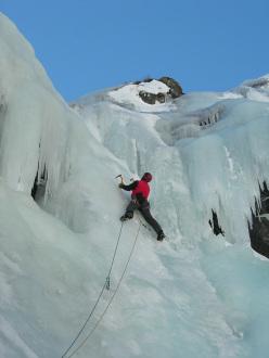 Climbing Cascata Sinuosa, Pian della Mussa, Alta Val d'Ala di Lanzo