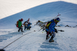Mezzalama 2015: descent down the ice steps on the Lyskamm's Nose