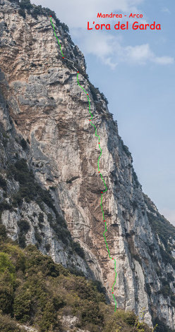 The topo of L'Ora del Garda, the rock climb at Mandrea (Arco) put up by Rolando Larcher and Luca Giupponi