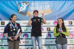 Podio femminile della Coppa del Mondo Boulder 2015 a Toronto: Akiyo Noguchi, Anna Stöhr, Juliane Wurm