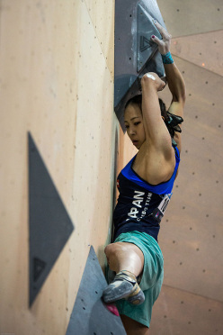 Akiyo Noguchi competing in the Bouldering World Cup 2015 at Toronto