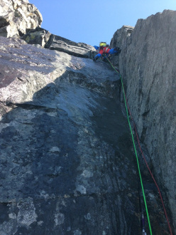 Roger Schäli and Simon Gietl climbing the NE Ridge of Devil's Paw in Alaska via their Black Roses (6c, A1,M4, 18-19/04/2104).