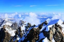 Alpinism: Ueli Steck and Michael Wohlleben start #82SUMMITS