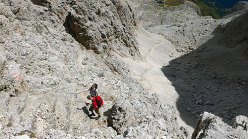 Vallon - Descending towards Rifugio Vallon