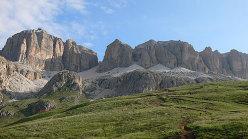 Piz Boe' - The path which leads from Forcella Pordoi to Passo Pordoi