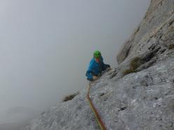 Arriva la nebbia: Ivo Ferrari sulla Via Ester, Presolana parete sud
