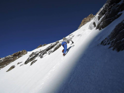 #82summits: Ueli Steck during the ascent of Schreckhorn and Lauteraarhorn