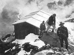 Creste e pareti del Cervino, 150 anni di storia alpinistica (1865-2015)