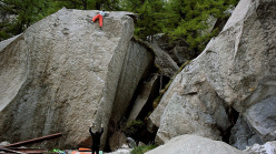 Bernd Zangerl making the first ascent of 29dots in Val Noasca