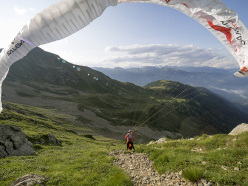 Aaron Durogati competing in the Red Bull X-Alps 2015