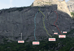 The routes at Specchio di Iside, Vallone di Sea