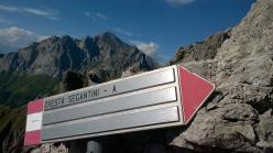 Ivo Ferrari climbing SuperSegantini, Grignetta