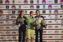Podio femminile della Coppa del Mondo Lead 2015 a Stavanger, Norvegia: Jessica Pilz (2), Mina Markovic (1), Anak Verhoeven (3)