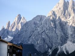 La discesa da Weg der Neugier (IX-, 500m, Hannes Pfeifhofer, Lisi Steurer, Markus Tschurtschenthaler estate 2015), Cima Una, Valle Fiscalina, Dolomiti