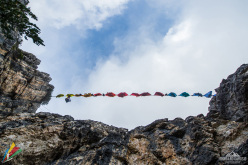 Rainbow Warriors: a total of 26 people got together to form a colourful and specifically designed rainbow of 17 hammocks. A symbol of peace and a tribute to the past.