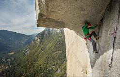 Jorg Verhoeven sul famoso tiro The Great Roof durante i suoi tentativi di salire in libera The Nose, El Capitan, Yosemite