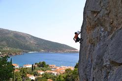 Yiannis Torelli climbing Kotsipetros 6b at Kastraki, Kyparissi, Greece
