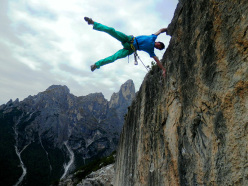 Body tension: Alessandro Zeni celebrates his repeat of the route In Bilico, Primiero, Dolomites