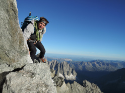 Good Ueli Steck And The 82 4000ers In The Alps: Grandes Jorasses (Pointe  Margherita)