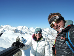 Ueli Steck and the 82 4000ers in the Alps: Nicole Steck and Ueli Steck on the summit of Rimpfischhorn 4199m on 28/06/15