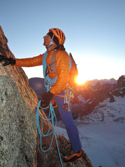 Ueli Steck and the 82 4000ers in the Alps: Aiguilles du Diable, Mont Blanc du Tacul