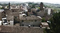 Walking at Langhe, Roero and Monferrato Astigiano and Alessandrino in Piemonte