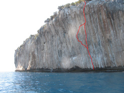 The route lines of Solemar (8a+) and Il Capitano (8b+), Capo Monte Santo, Sardinia climbed by Alexander Huber