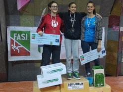 Podio femminile del Campionato Italiano Boulder 2015 Modena: Giorgia Tesio (2), Laura Rogora (1) e Andrea Ebner (3)
